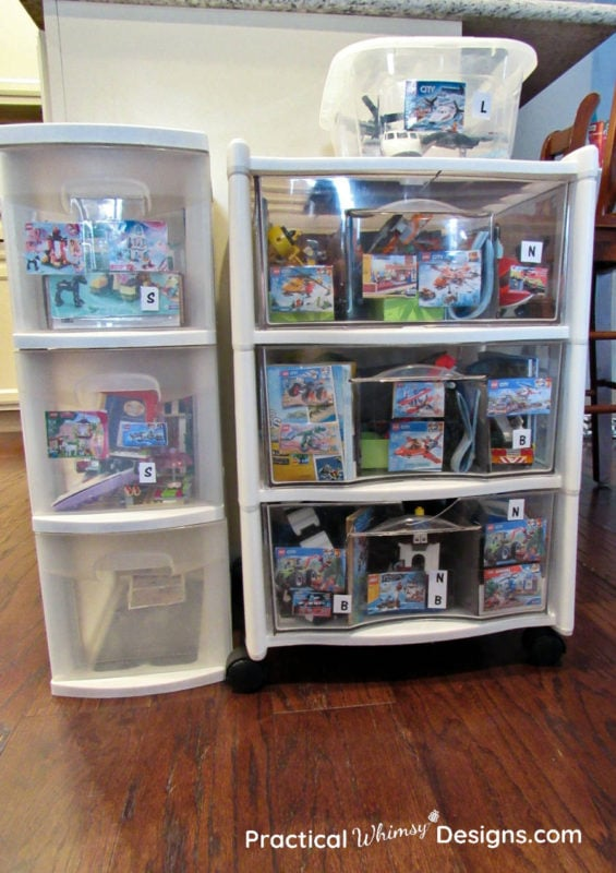 Organize Lego kits in containers