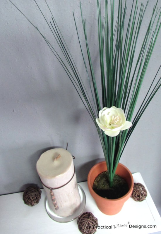 Spring decorating onion grass in pot