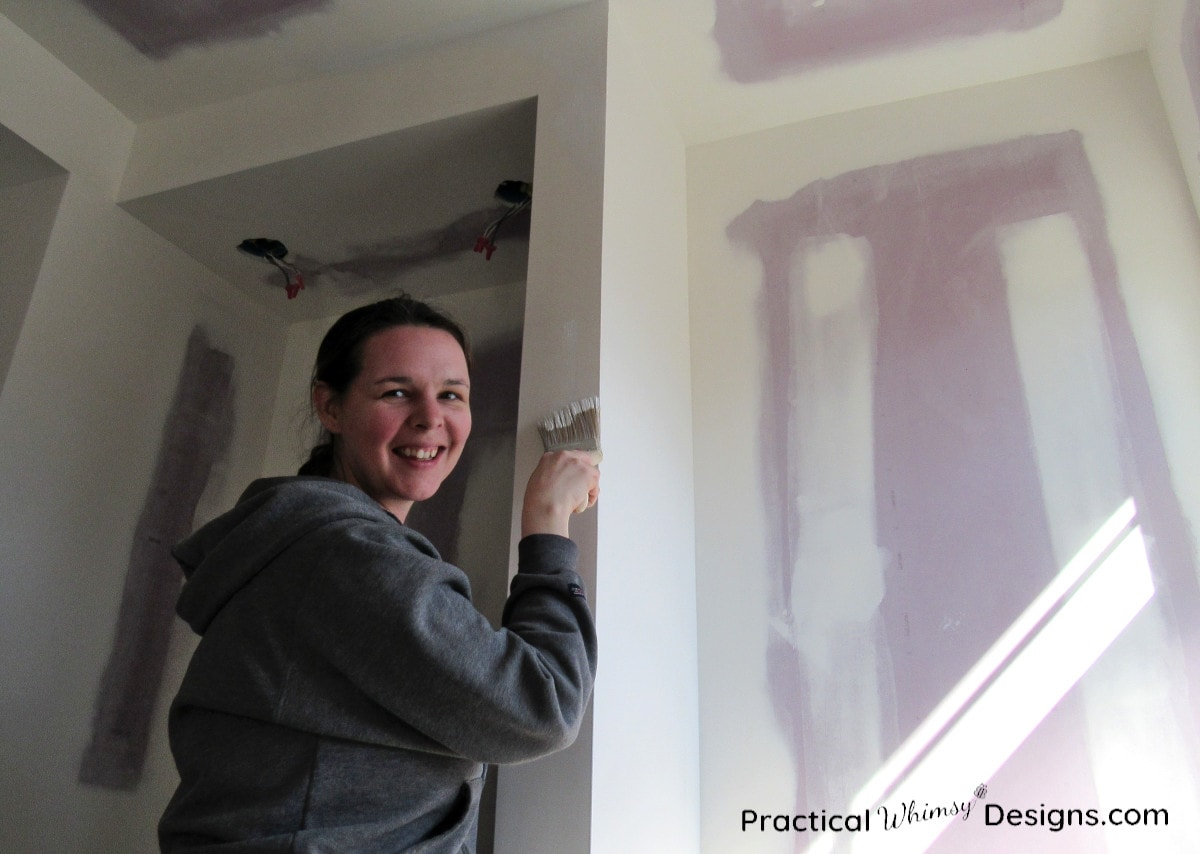 Master Bathroom ORC week 3 priming the walls