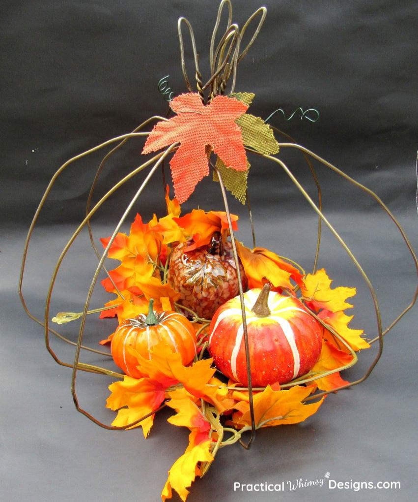 Bronze wire pumpkin