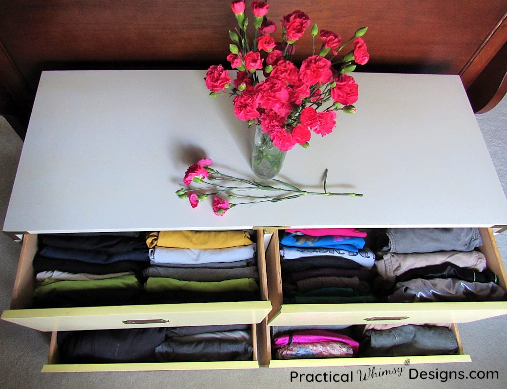 How to Organize Clothes Drawers